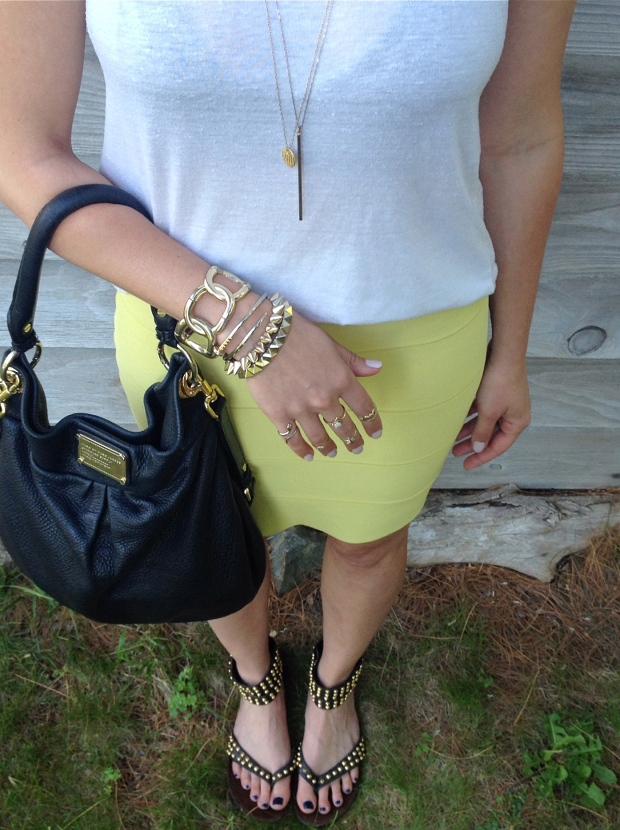 Details: gold jewelry, marc jacobs bag, studded sandals